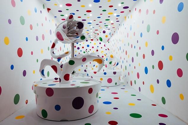 yayoi-kusamas-a-dream-i-dreamed-exhibition-moca-shanghai-2