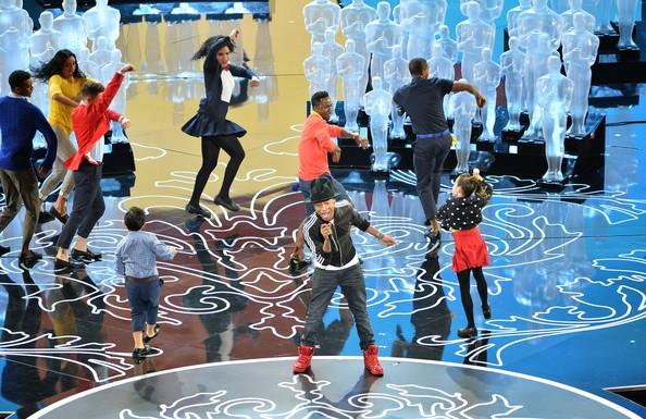 Pharrell+Williams+86th+Annual+Academy+Awards+0bABno4y7Lol
