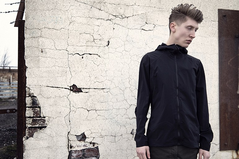arcteryx-veilance-2014-spring-summer-editorial-by-end-2
