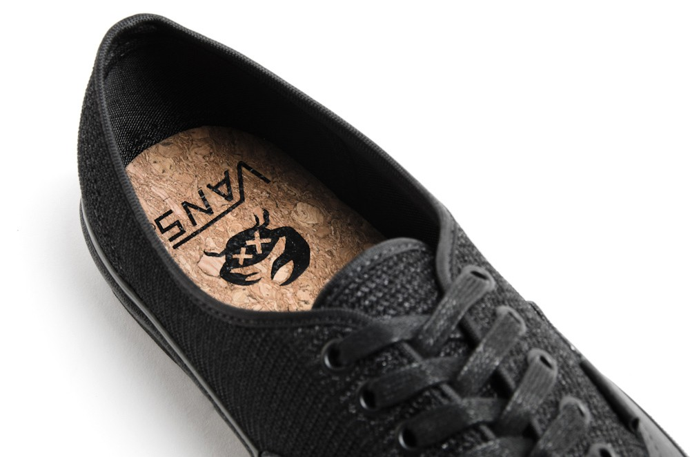 chuck-hughes-x-off-the-hook-x-vans-vault-2014-spring-black-crab-pack-42