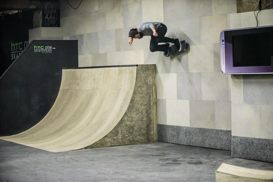 inside-the-htc-one-skatepark-at-selfridges-8