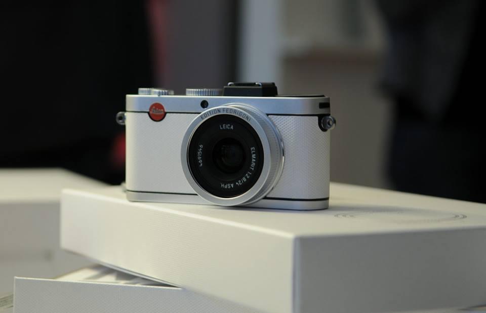 leica-x2-paper-skin-edition-camera-2014-4
