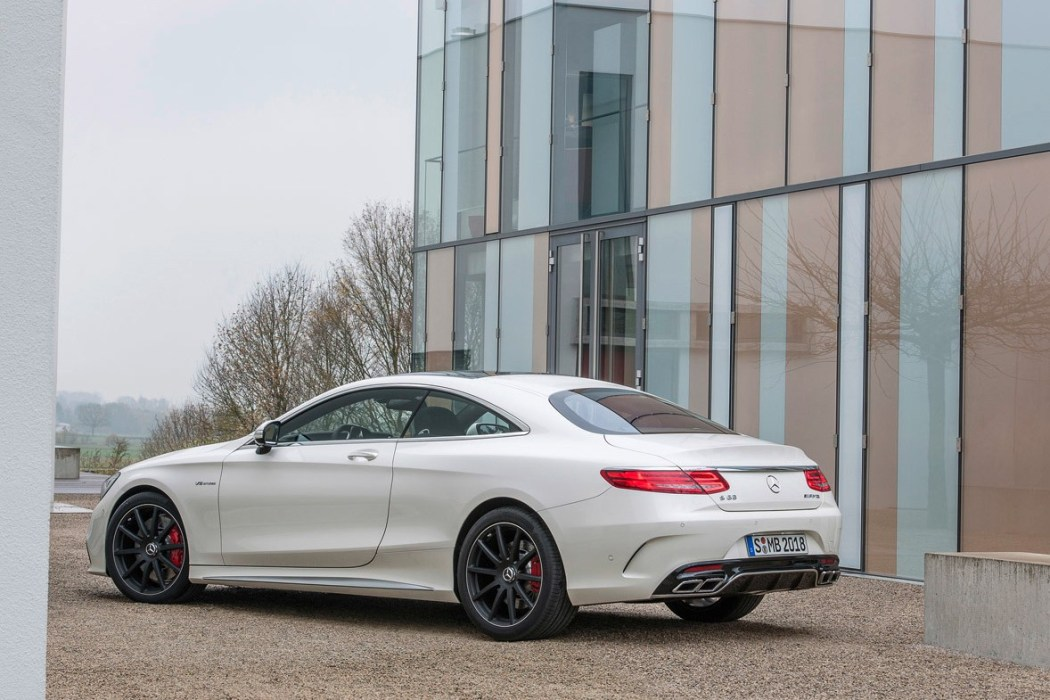mercedes-benz-s63-amg-4matic-coupe-2