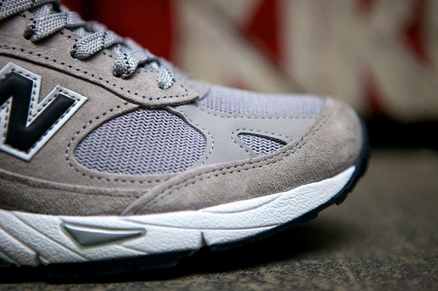 new-balance-made-in-usa-m991gb-2
