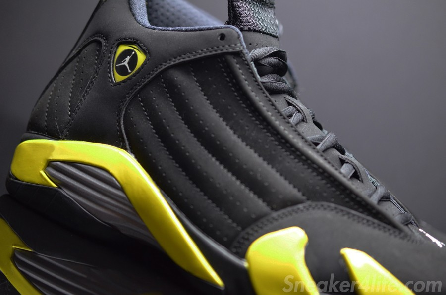 air-jordan-14-retro-black-yellow-thunder-4