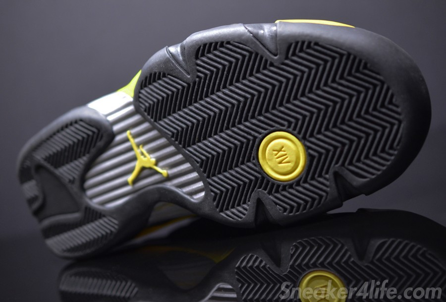 air-jordan-14-retro-black-yellow-thunder-6