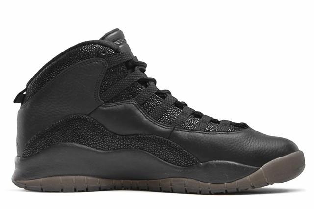 Drake-Sneaker-Style-Profile-Air-Jordan-10-Black