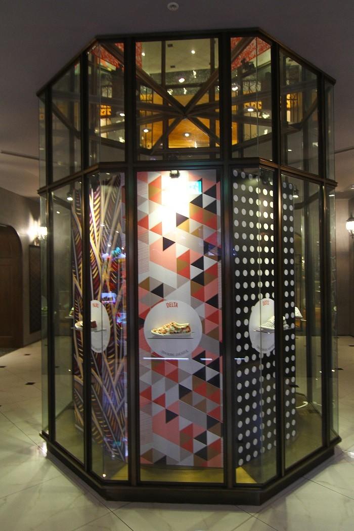 HOTEL V八角展示櫥窗