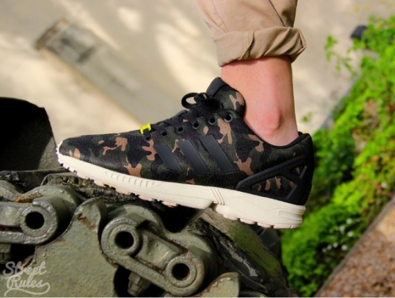 adidas-originals-zx-flux-camo-02-570x430