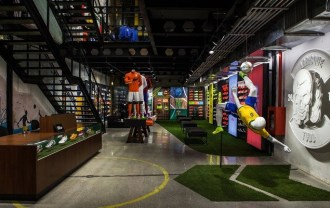 nike-opens-first-football-only-store-in-brasil-4-4