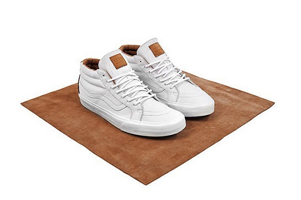 size-exclusive-vans-california-clean-white-collection-2