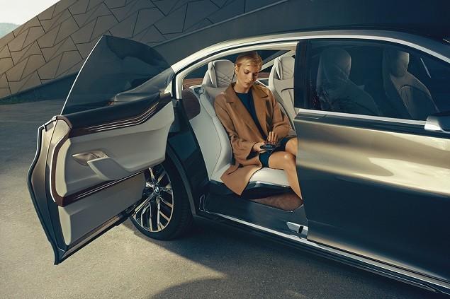 bmw-vision-future-luxury-concept-4