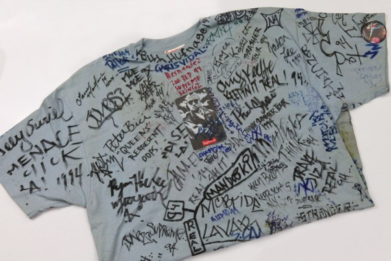 original-1994-supreme-travis-bickle-t-shirt-06-570x380