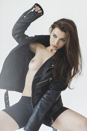 in-my-boyfriends-clothes-meundies-mady-04-300x450