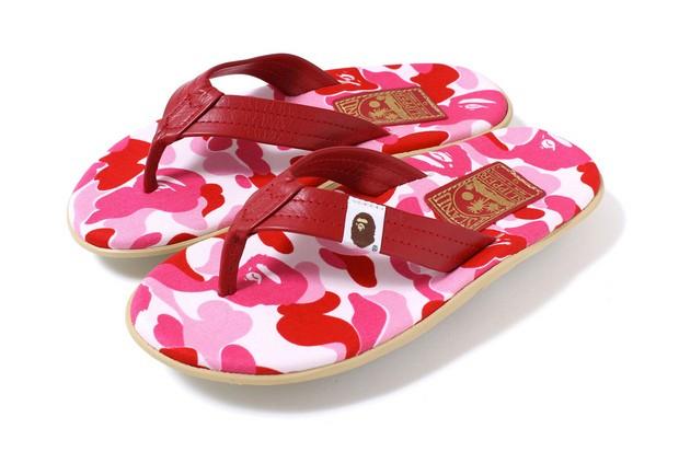 a-bathing-ape-x-island-slipper-abc-thong-sandals-2
