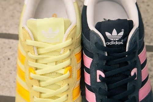 adidas Originals ZX700 W 形象照