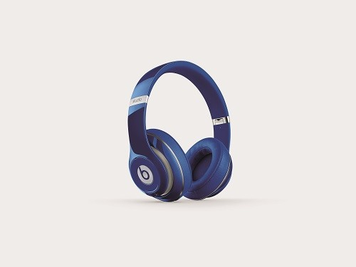 overear-studio-wireless-blue-cmyk-thrqrtleft