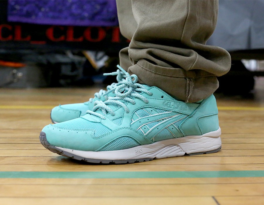 sneaker-con-chicago-may-2014-on-feet-recap-part-2-047