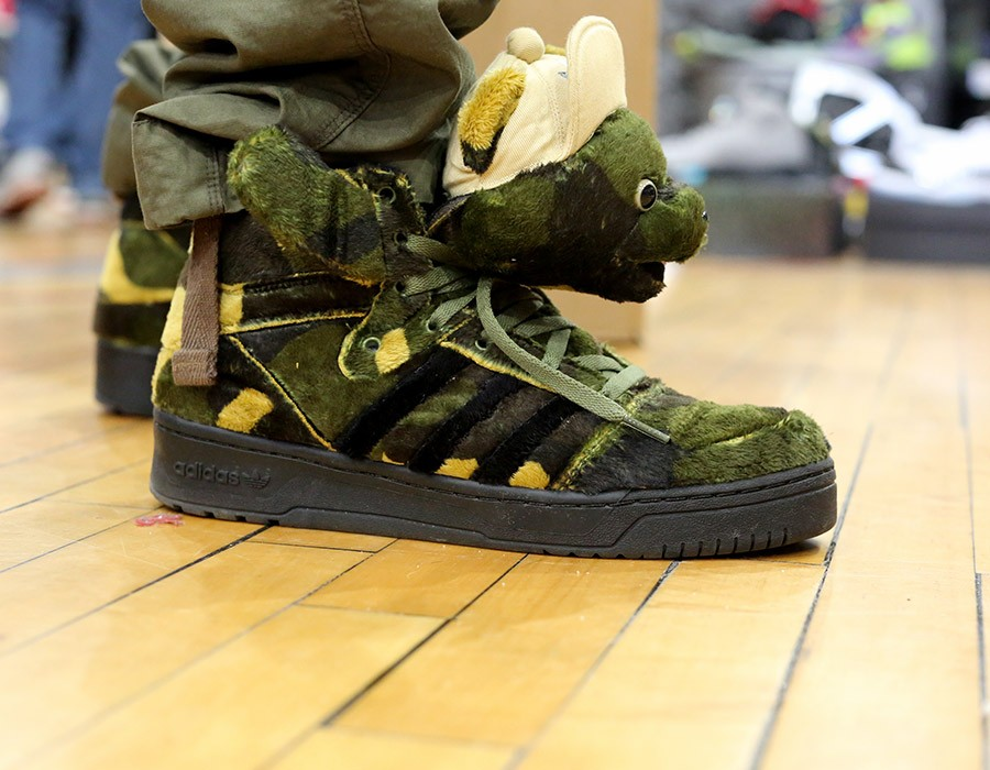 sneaker-con-chicago-may-2014-on-feet-recap-part-2-105