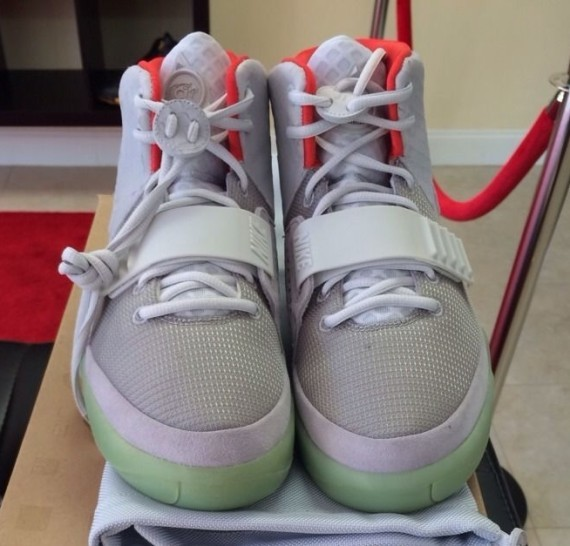 every-nike-air-yeezy-release-08-570x546