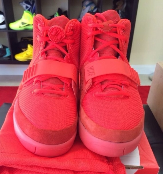 every-nike-air-yeezy-release-10-570x611