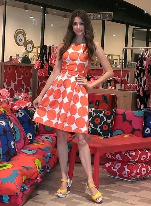 瑞莎著marimekko 圖紋洋裝現身marimekko  Pop-up Store (4)
