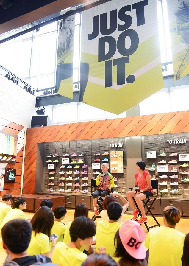 Nike女子長跑傳奇 Joan Benoit Samuelson鼓勵女性用熱情(Passion)、耐力(Patience)、毅力(Persistence)和恆心(Perseverance)來跑一場屬於妳自己的比賽