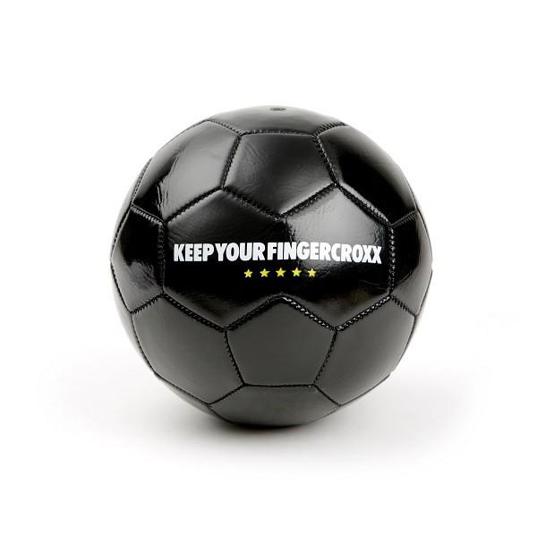 顧客凡購買任何fingercroxx貨品淨價滿$800,即可免費獲贈FINGERCROXX足球一個 (2)