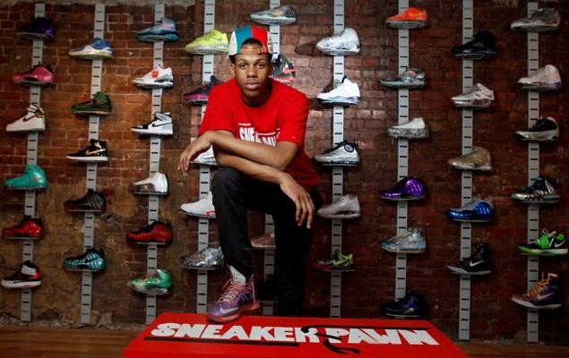 sneaker-pawn-1