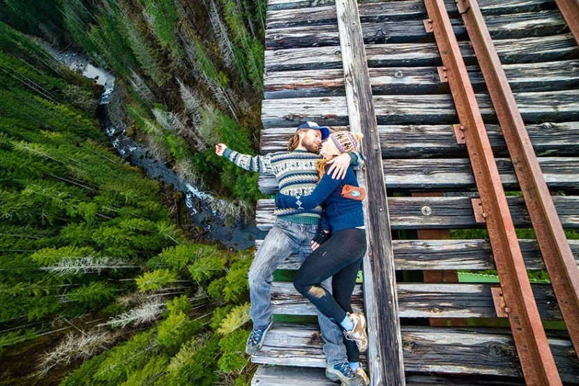 adaymag-30-death-defying-photos-will-make-heart-skip-beat-15-830x553