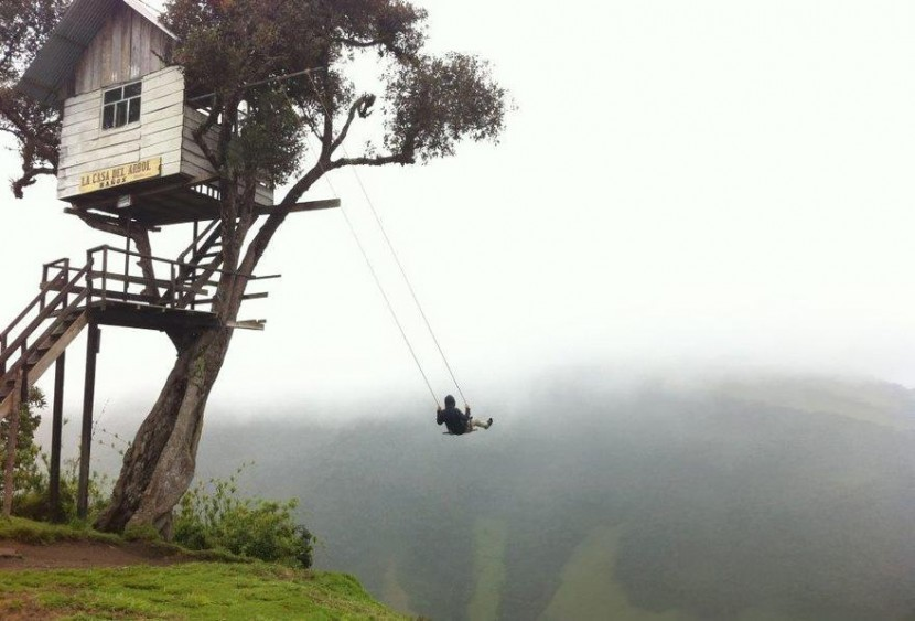 adaymag-30-death-defying-photos-will-make-heart-skip-beat-10-830x563
