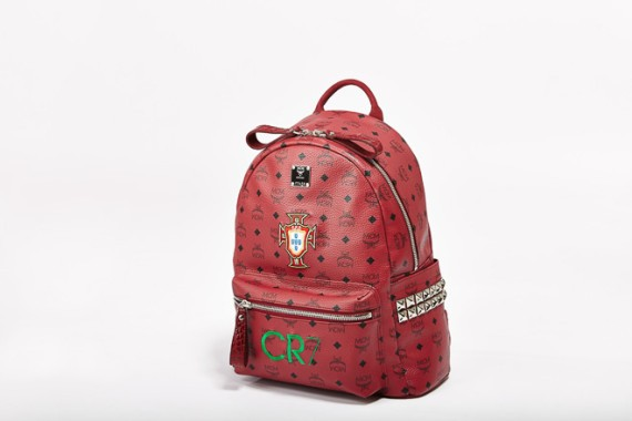 MCM-TeamMCM-World-Cup-2014-Custom-Backpacks-01-570x380