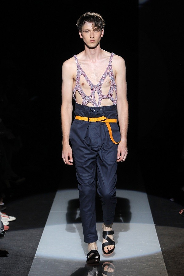 MAN_SS15_Catwalk_Imagery_HiRes_021