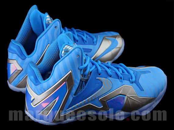 nike-lebron-11-elite-blue-grey-4