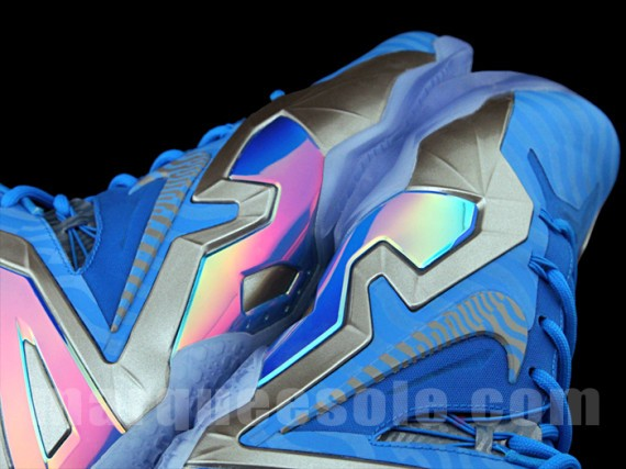 nike-lebron-11-elite-blue-grey-6