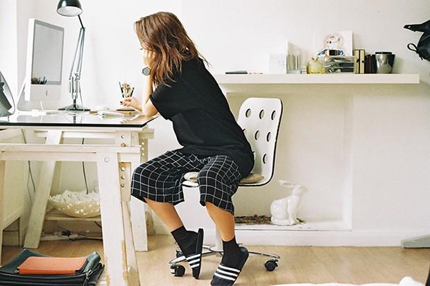 socksnslides-adidas-originals-adilette-editorial-michael-mayren-03