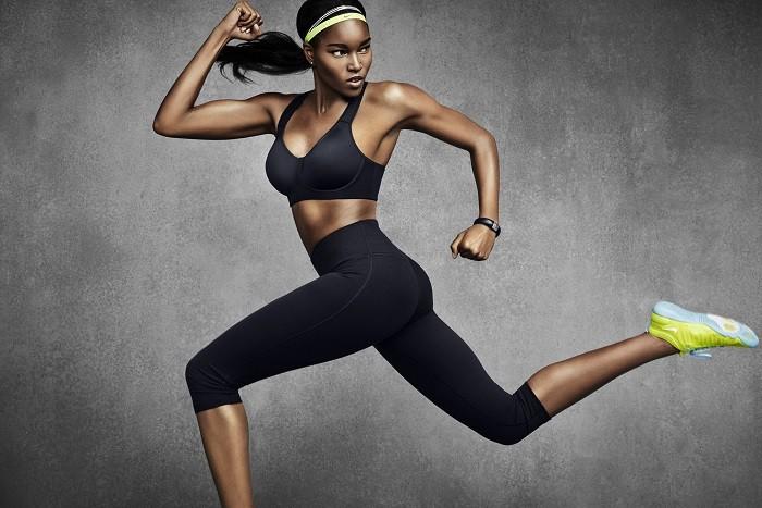 NIKE PRO RIVAL運動內衣提供最高等級的支撐 並有從30B到38E的25個尺寸提供女性運動員選擇最適合的尺寸