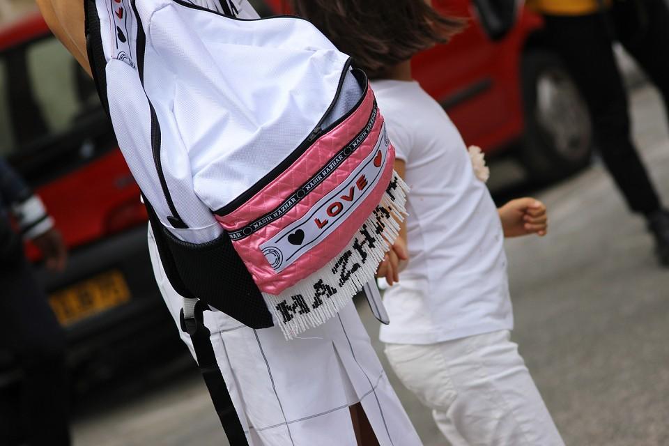 paris-fashion-week-spring-summer-2015-street-style-1-14-960x640