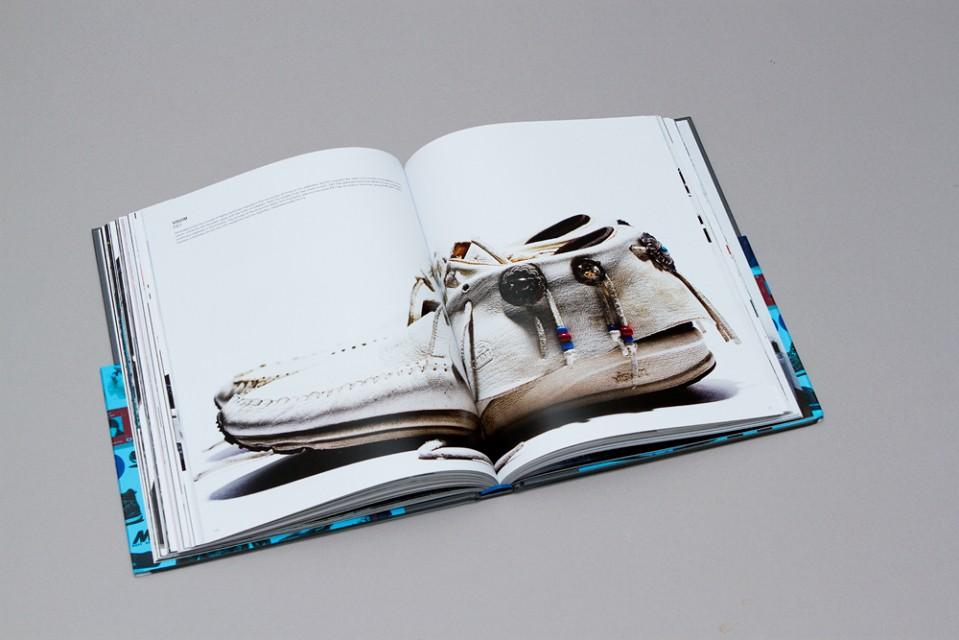 hiroshi-fujiwara-hardcover-monograph-06-960x640