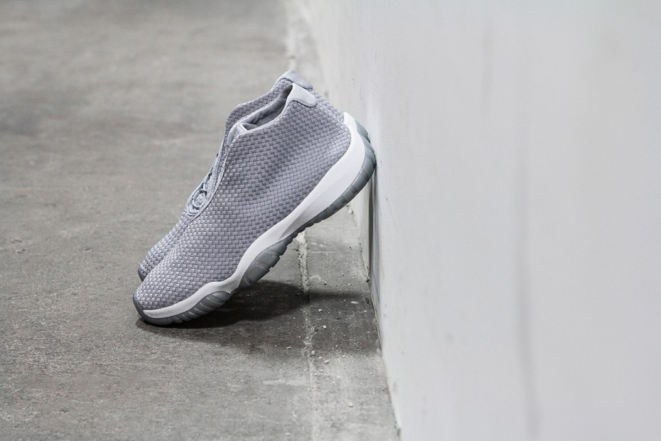 a-closer-look-at-the-air-jordan-future-wolf-grey-2