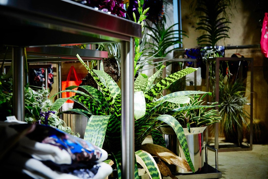 floral-shop-amkk-by-the-pool-aoyama-4
