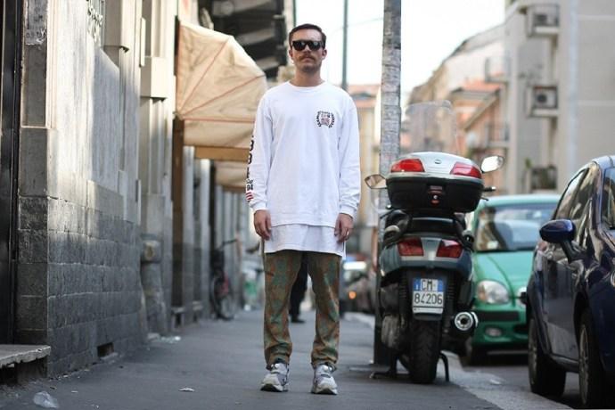 street-style-alberto-pannochi-gcds-reebok-retrosuperfuture-01-960x640