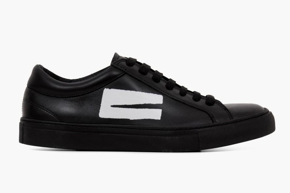 comme-des-garcons-erik-schedin-black-sneakers-2-960x640