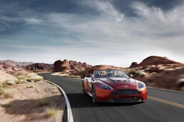 aston-martin-debuts-the-new-vantage-s-v12-roadster-2