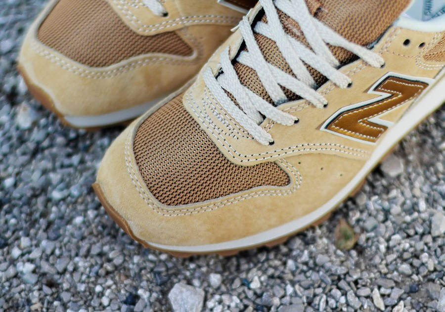 closer-look-new-balance-wmns-996-july-2014-09