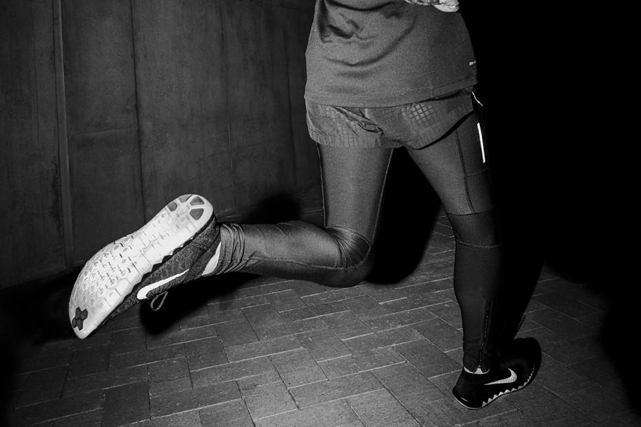 champ-black-night-run-editorial-featuring-afe-tokyo-3
