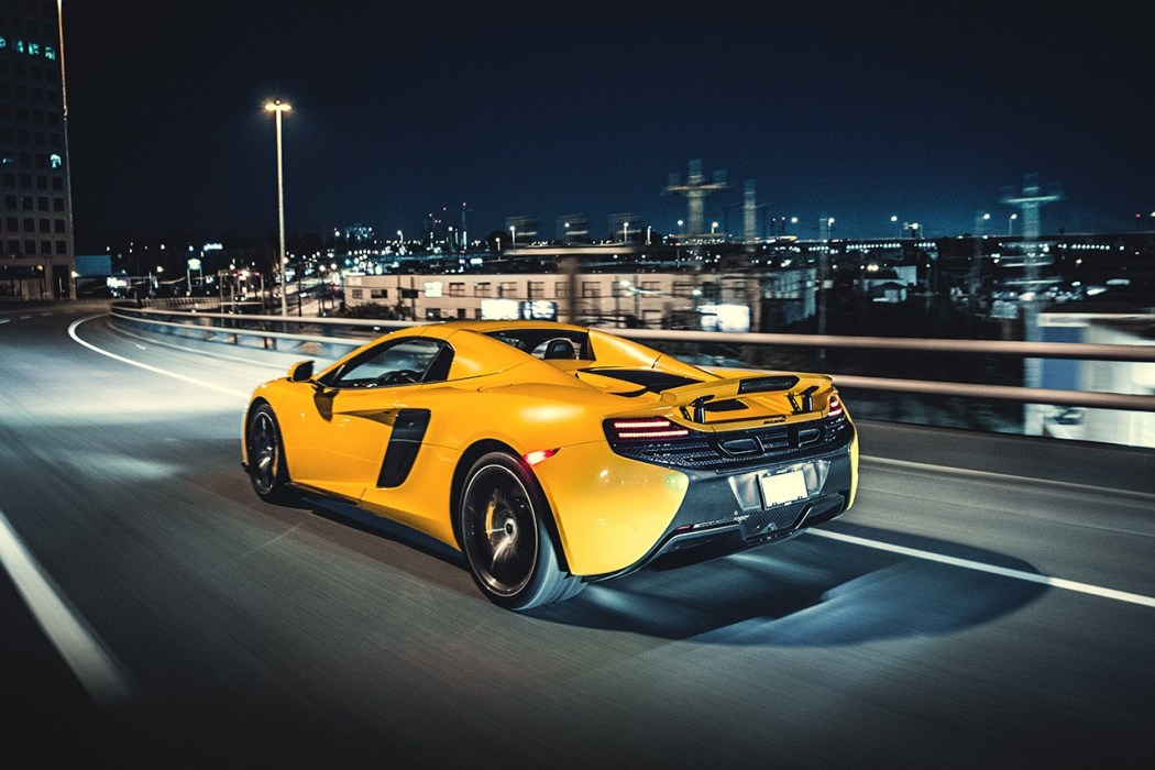 a-closer-look-at-the-mclaren-650s-7