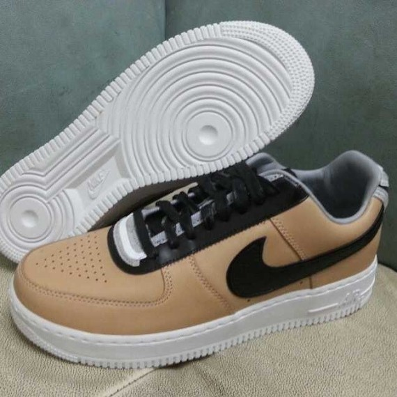 riccardo-tisci-nike-air-force-1-rt-tan-2