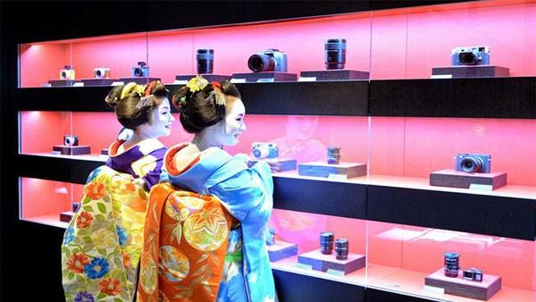 Leica-Store-Kyoto-3_zps72e20c4c
