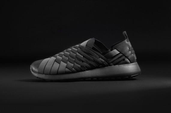 foot-locker-black-pack-2